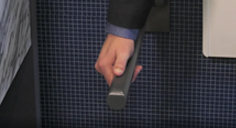 Abnehmbarer Stützklappgriff Be-Line®  DELABIE