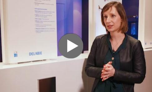 Dieser elektronische und intelligente WC-Druckspüler funktioniert ohne Spülkasten. Entdecken Sie seine Vorteile im Video.