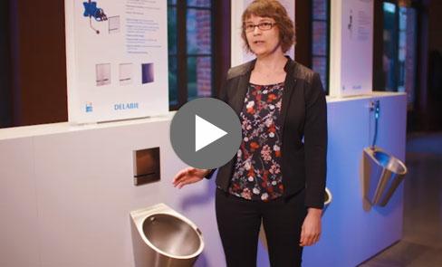 Entdecken Sie im Video das Design-Urinal FINO aus Edelstahl, ein unverzichtbares Produkt im Sanitärbereich