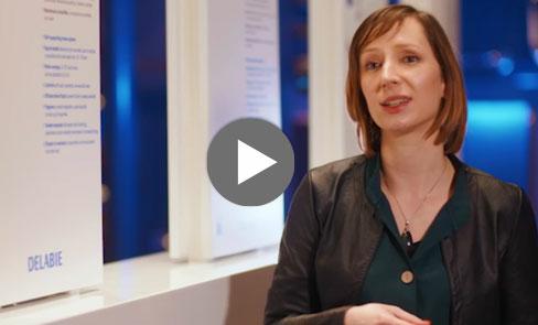 Dieser WC-Druckspüler ohne Spülkasten ist ideal für den öffentlichen Bereich: entdecken Sie seine Vorteile im Video